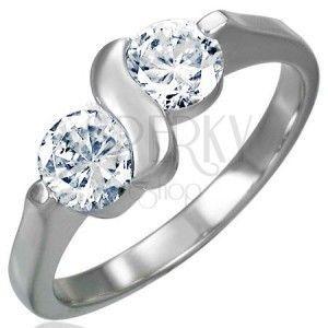 Zaręczynowy pierścionek ze stali chirurgicznej z podwójną cyrkonią obraz