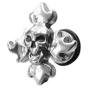 Fałszywy piercing czaszka w płomieniach obraz