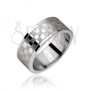 Stalowy pierścień, wzór szachownica obraz