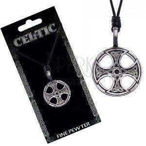 Czarny naszyjnik sznurkowy – metalowa zawieszka, krzyż celtycki obraz