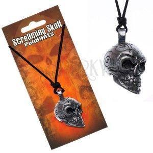 Naszyjnik sznurkowy z zawieszką czaszki z ornamentami obraz