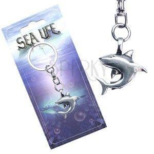 Breloczek – metalowa zawieszka, lśniący rekin obraz