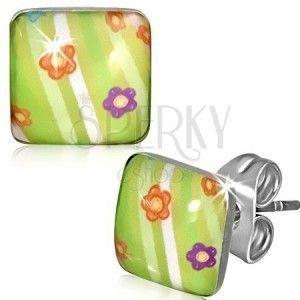Kwadratowe stalowe kolczyki - zielone z kwiatkami i prążkami obraz