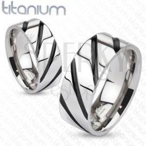 Pierścień z tytanu - lśniący pas, czane ukośne pręgi obraz