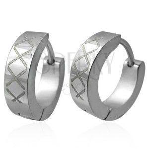 Okrągłe stalowe kolczyki ze wzorem z rombów obraz