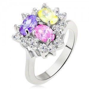 Lśniący pierścionek, kolorowe owalne cyrkonie, przezroczysty pas, trójkąt obraz
