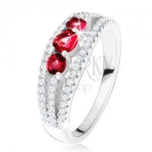Srebrny pierścionek 925, trzy rubinowe kamyczki, cyrkoniowe paseczki obraz