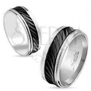 Stalowa obrączka srebrnego koloru, czarny pas z ukośnymi nacięciami, karby, 6 mm obraz