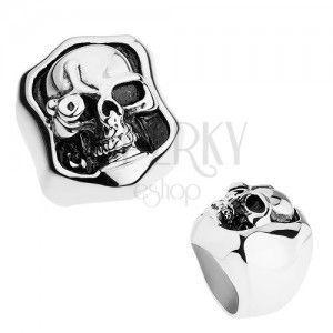 Masywny pierścionek ze stali 316L, srebrny kolor, patyna, czaszka ze sztucznym okiem obraz