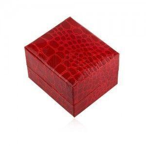 Lśniące upominkowe pudełeczko na pierścionek, czerwony kolor, krokodili wzór obraz