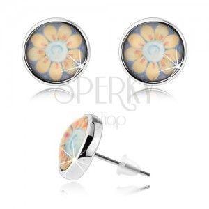 Okrągłe kolczyki w stylu cabochon, przezroczyste wypukłe szkło, żółty kwiatek z białym środkiem obraz