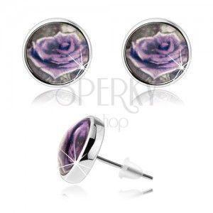 Cabochon kolczyki, przejrzyste wypukłe szkliwo, fioletowa róża z białą krawędzią obraz