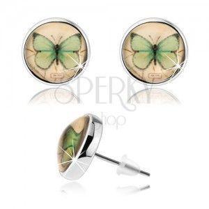 Kolczyki cabochon, przejrzyste wypukłe szkliwo, zielony motylek, żółte tło obraz
