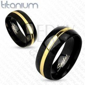 Czarna obrączka z tytanu, lśniąca obła powierzchnia, pas złotego koloru, 8 mm obraz