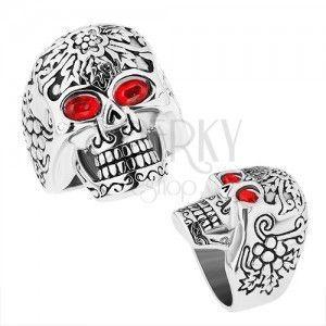 Masywny stalowy pierścionek, patynowana czaszka z czerwonymi oczami obraz