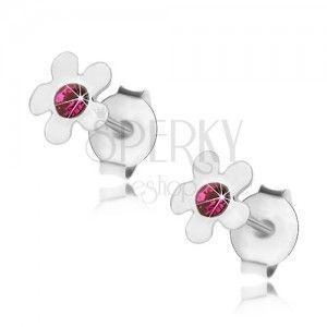 Kolczyki ze srebra 925, lśniący kwiatek w środku z kryształkiem w kolorze fuksji obraz