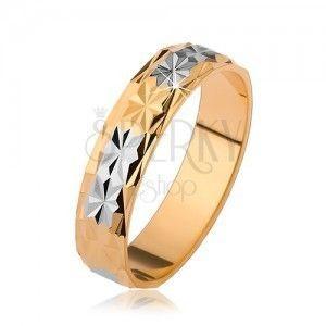 Lśniąca obrączka z diametowym wzorem, złoty i srebrny odcień obraz