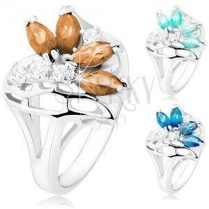 Błyszczący pierścionek z rozdzielonymi ramionami, bezbarwne i kolorowe cyrkonie, wstążka obraz