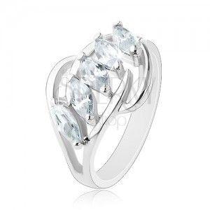 Błyszczący pierścionek, pas przezroczystych cyrkonii, rozdzielone końce ramion obraz
