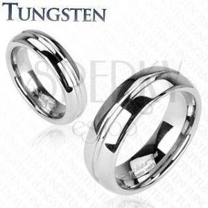 Lśniący wolframowy pierścionek srebrnego koloru, wyryty środkowy pas, 6 mm obraz