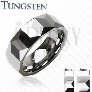 Obrączka z wolframu srebrnego koloru, geometrycznie wyszlifowana powierzchnia, 6 mm obraz