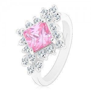 Błyszczący pierścionek, różowy cyrkoniowy kwadrat otoczony okrągłymi bezbarwnymi cyrkoniami obraz