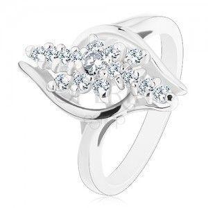 Lśniący pierścionek z zagiętymi ramionami, przezroczyste cyrkoniowe linie z kwiatkiem w środku obraz