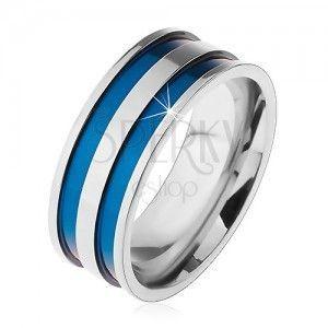 Stalowy pierścionek w srebrnym odcieniu, cienkie wgłębione pasy niebieskiego koloru, 8 mm obraz