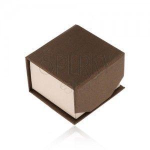 Brązowo-beżowe pudełeczko na pierścionek lub kolczyki, błyszcząca powierzchnia, magnes obraz