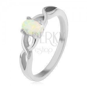 Stalowy pierścionek srebrnego koloru, owalny syntetyczny opal, skrzyżowane ramiona obraz
