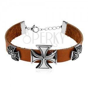 Jasnobrązowa bransoletka ze sztucznej skóry, trzy maltańskie krzyże srebrnego koloru obraz