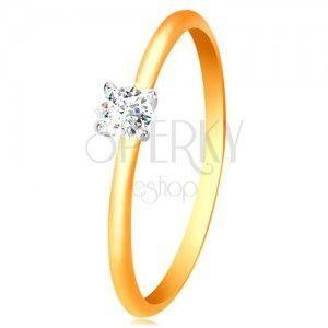 Złoty 14K pierścionek - wąskie ramiona, cyrkonia w koszyczku z białego złota obraz