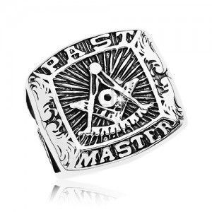 Pierścionek ze stali chirurgicznej, symbol masonerii i napis, czarna patyna obraz