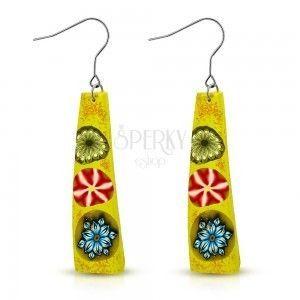 FIMO kolczyki, żółty prostokąt z trzema kolorowymi kwiatami, bigiel obraz