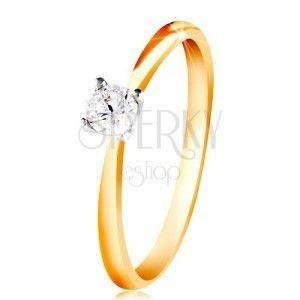 Złoty 14K pierścionek - cienkie ramiona, bezbarwna cyrkonia w koszyczku z białego złota obraz