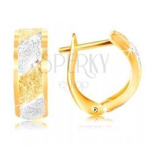 Złote kolczyki 585 - błyszczące piaskowane pasy z żółtego i białego złota obraz