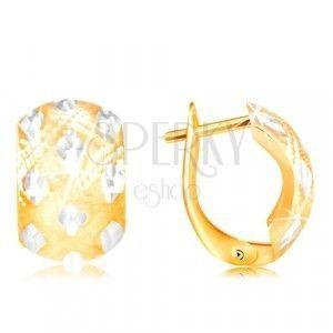 Kolczyki z 14K złota - szeroki łuk z małymi rombami z białego złota obraz