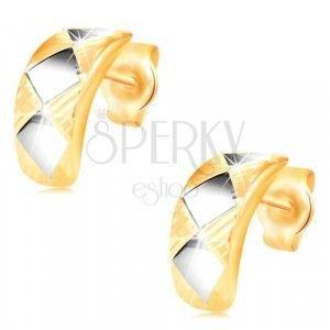 Złote kolczyki 14K - lśniący łuk z rombami z białego złota i nacięciami obraz
