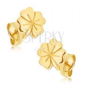 Lśniące złote kolczyki 585 - czterolistna koniczyna na szczęście, ozdobne nacięcia obraz