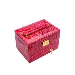 Różowy kuferek na biżuterię z imitacji skóry krokodyla, metalowe detale w złotym kolorze obraz