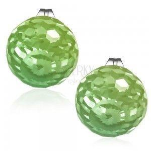 Kolczyki ze stali, szlifowany szklany koralik zielonego koloru obraz