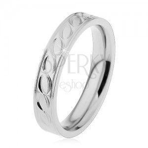 Stalowa obrączka w srebrnym odcieniu, wygrawerowany wzór, 4 mm obraz
