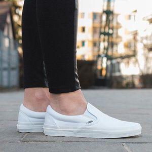 Buty damskie sneakersy Vans Classic Slip-On VEYEW00 obraz