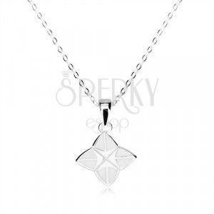 Srebrny naszyjnik 925 - czteroramienna gwiazda ozdobiona białą emalią, błyszczący łańcuszek obraz