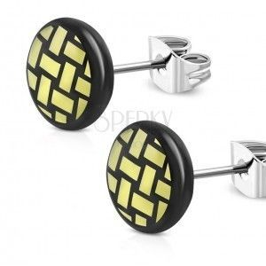 Kolczyki ze stali chirurgicznej - czarne koło, pleciony motyw w kolorze żółtym, 7 mm obraz