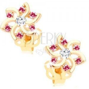 Kolczyki w żółtym 14K złocie - kwiat z wycięciami i cyrkoniami różowego i bezbarwnego koloru obraz
