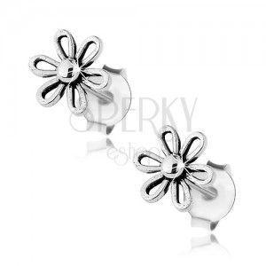 Kolczyki ze srebra 925, lśniący kwiatek z kuleczką w środku, patyna obraz