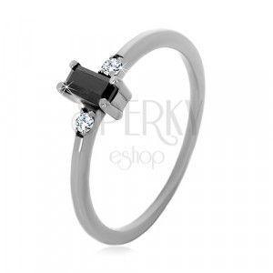 Srebrny 925 pierścionek - prostokątna cyrkonia w czarnym kolorze, przezroczyste okrągłe cyrkonie obraz