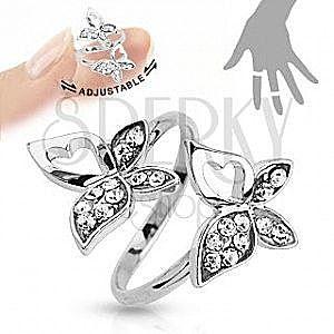 Regulowany pierścionek, srebrny kolor, motylki, czyste cyrkonie, wycięcia obraz