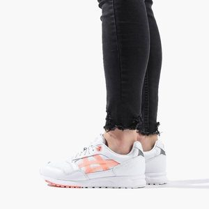 Buty damskie sneakersy Asics GEL Saga 1192A059 101 obraz